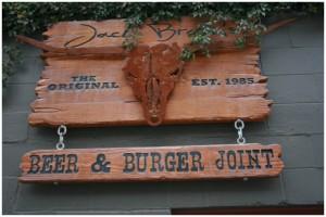 jack-browns-beer-and-burger-joint-nashville-front-door